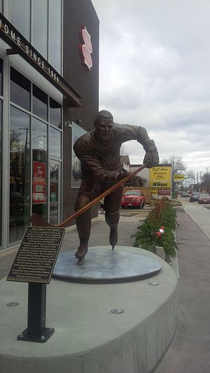 Tim Horton - Statue of Horton outside the original Tim Hortons store in Hamilton