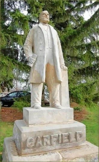 Hiram College - James A. Garfield, statue on campus