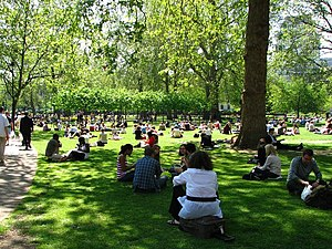 Summer Love of Russell Square