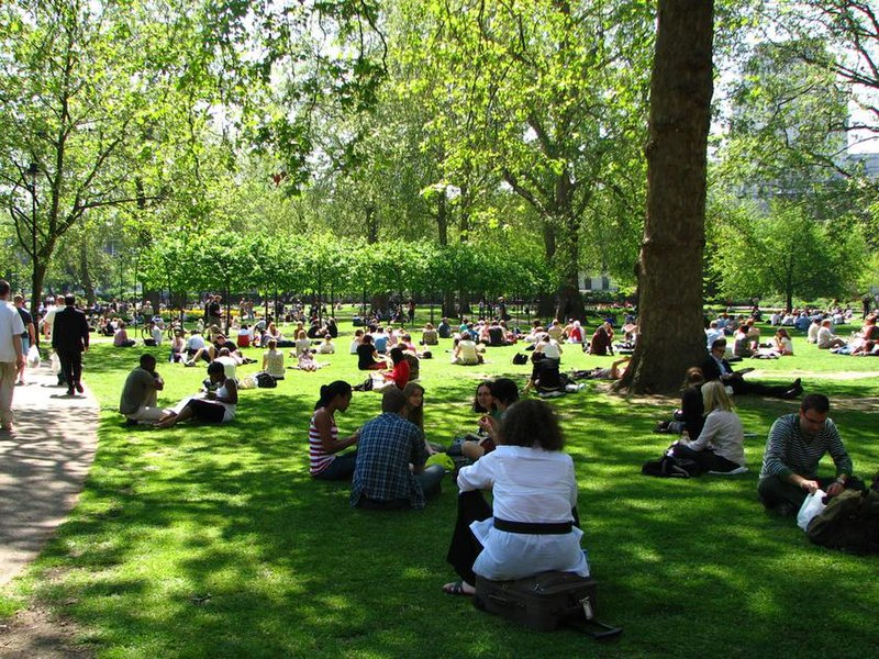 Summer Love of Russell Square.jpg