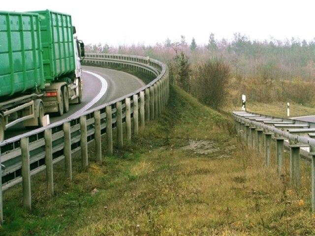 Super-Rail
