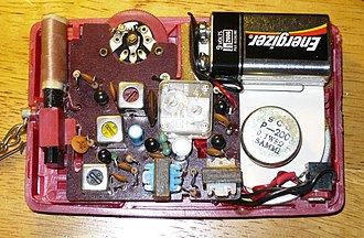 Superheterodyne receiver - Superheterodyne transistor radio circuit from around 1975
