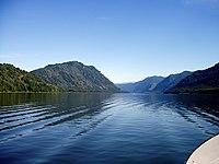 Tělecké jezero 2.JPG