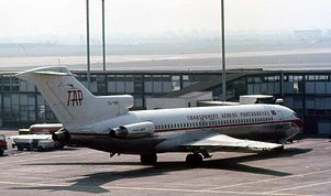 TAP Portugal B-727 CS-TBS.jpg