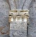 Taglia di biduino, capitelli laterali della pieve dei Santi Ippolito e Cassiano (San Casciano di Cascina), xii secolo, 01.jpg