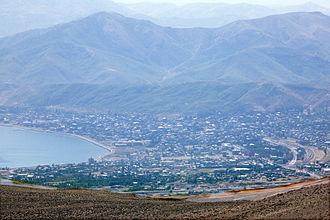 Tatvan - Overview of Tatvan from Nemrut-Dagi
