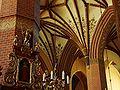 Tczew, Kardynala Stefana Wyszyńskiego, kostel Povýšení svatého kříže, interiér.JPG