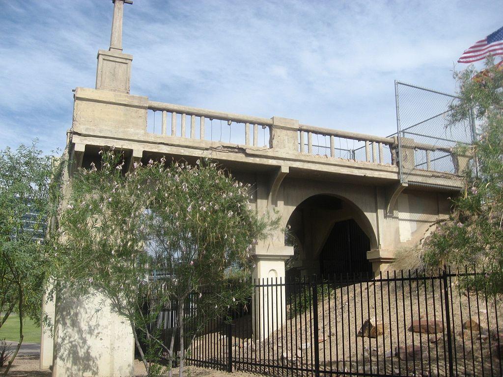 File Tempe Concrete Highway Arch Bridge  Tempe  Arizona