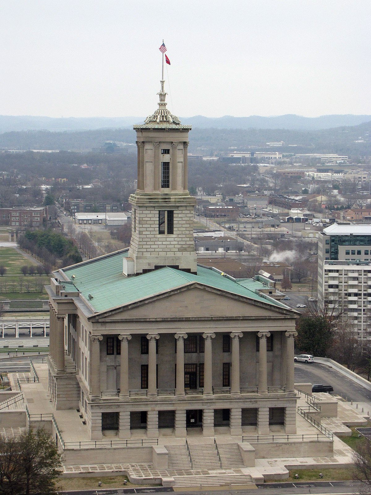 tennessee state capitol nashville building history tn wikimedia wikipedia 2009 states file euthman legislature tower cupola towers commons volunteer aerial