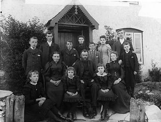 The Hughes family (husband and wife and twelve children)
