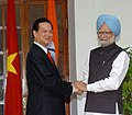 The Prime Minister, Dr. Manmohan Singh, with the visiting Prime Minister of Vietnam, Mr. Nguyen Tan Dung, in Delhi on July 06, 2007.jpg