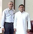 The Secretary, Ministry of Drinking Water and Sanitation, Shri Parameswaran Iyer meeting the Chief Minister of Uttar Pradesh, Shri Akhilesh Yadav, in Lucknow, Uttar Pradesh on April 13, 2016.jpg