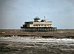 File:The remains of Skegness pier 1979 - geograph.org.uk - 1582145.jpg