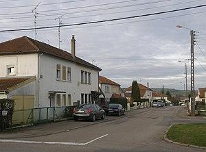 Thierville-sur-Meuse - « Avenue Letellier » from the « rue du 15ème Régiment de Chasseurs ».