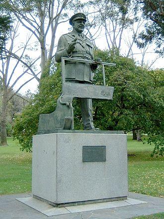 Kings Domain - Statue of Sir Thomas Blamey