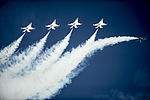 Thunderbirds perform in the Sun 'n Fun Fly-In and Expo Air Show 150425-F-RR679-134.jpg