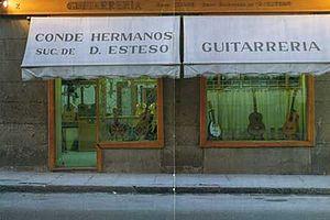 Hermanos Conde - Shop front at C/ Felipe Vº, 2