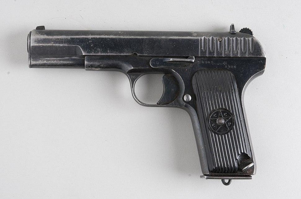 TT pistol - Howling Pixel