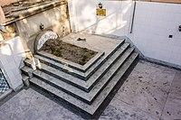 Tomb of Queen Begum Hazrat Mahal of Avadh-4158.jpg