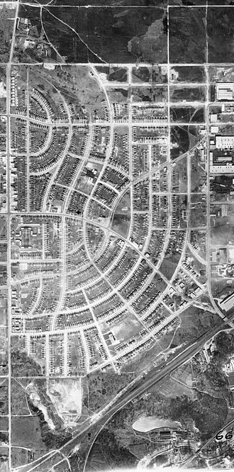 Leaside - Aerial photograph of Leaside, 1942. During the Second World War, the area was home to several industrial operations.