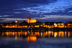 Toruń - Old Town by night 01