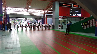 Bukit Jalil LRT station - A 'relay track' design towards the faregates.