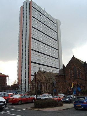 Anniesland Cross - Anniesland Court, the tallest Category A listed building in Scotland