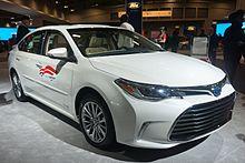 2017 Toyota Avalon Hybrid Us
