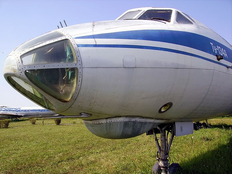 http://upload.wikimedia.org/wikipedia/commons/thumb/9/9d/Tu-134A_in_Ulyanovsk_Aircraft_Museum.JPG/800px-Tu-134A_in_Ulyanovsk_Aircraft_Museum.JPG