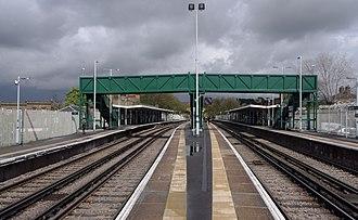 Tulse Hill railway station - Image: Tulse Hill railway station MMB 04