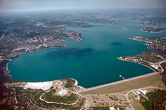 Canyon Lake (Texas) - Image: USACE Canyon Lake and Dam Texas
