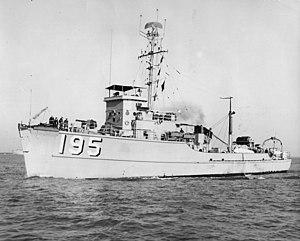 USS Limpkin (AMS-195) - Image: USS Limpkin (AMS 195) 27 April 1962