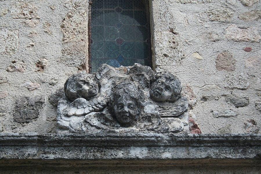 Usclas-d'Hérault (Hérault) - église Saint-Gilles - détail du portail