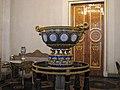 Vase with medallions 01.JPG