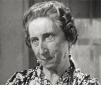Vera Lewis - Lewis in Lady Gangster (1942)