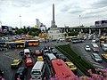 Victory Monument Traffic (18491899425).jpg