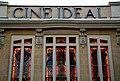 Vidrieras de la fachada del cine Ideal de Madrid.jpg