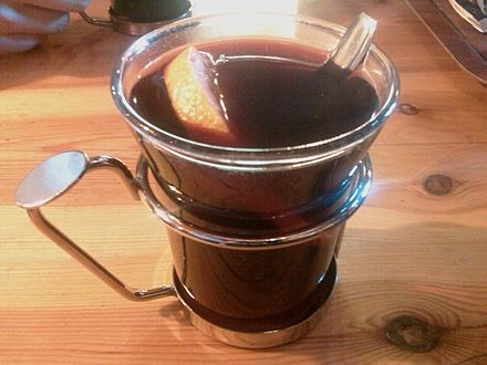 Mulled wine Vin chaud 2.jpg