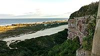Vista do alto do Farol do Morro dos Conventos.jpg