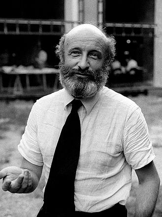 Vittorio Gregotti - Vittorio Gregotti in 1975