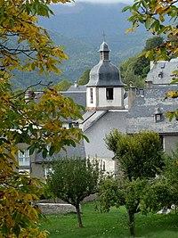 Vue automnale de Gouaux en vallée d'Aure.JPG