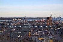 Vuosaari harbour april 2013 02.JPG
