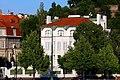 Vyšehrad dům na nábřeží 2.jpg