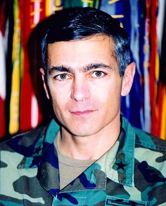 Wesley Clark - Portrait of Brigadier General Clark as a commander at Fort Irwin