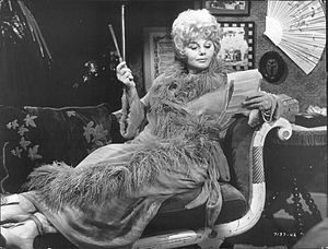 Whoever Slew Auntie Roo? - Shelley Winters as Auntie Roo