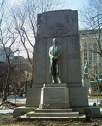 Wilfrid Laurier Montreal.JPG