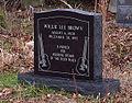 Willie Brown - grave.jpg