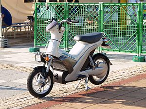 Fuel cell vehicle - Yamaha FC-me motorcycle.