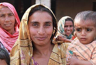Women in Pakistan - A Pakistani woman with child