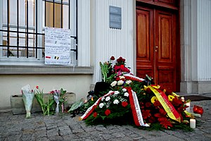 Reactions to the 2016 Brussels bombings - Flowers at the Belgian Embassy in Warsaw, Poland.